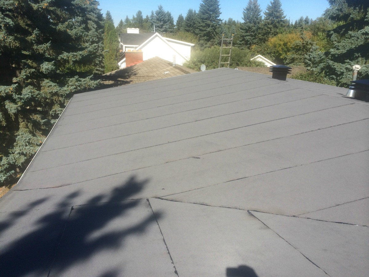 Residential New Low Slope Roof Installed In Edmonton